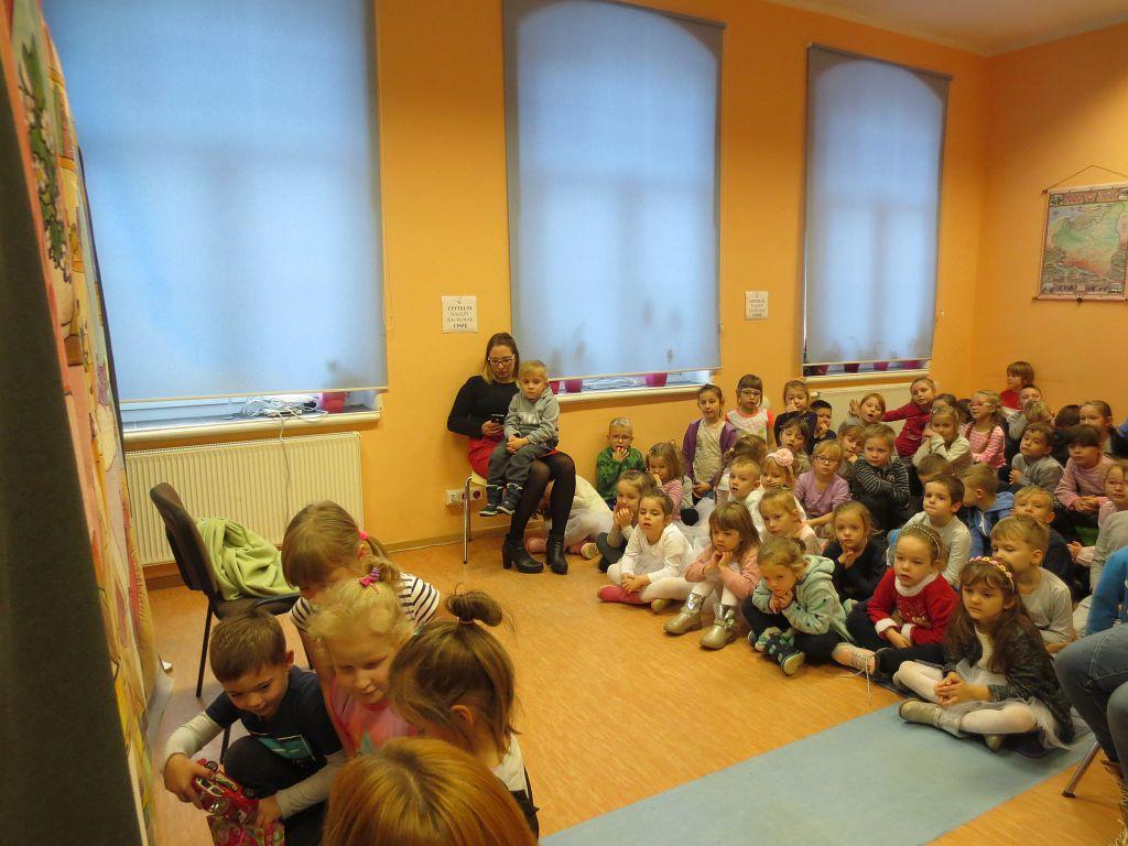 Teatr Duet z Krakowa w przedstawieniu Dziadek do Orzechów _6