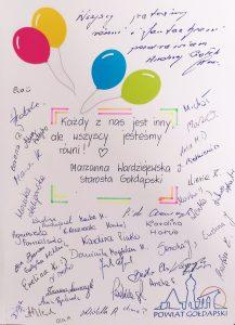 Podpisy pracowników starostwa powiatowego w Gołdapi