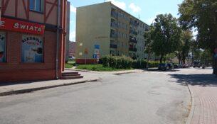 skrzyżowania ulicy Wolności z ulicą Krzywą w Gołdapi