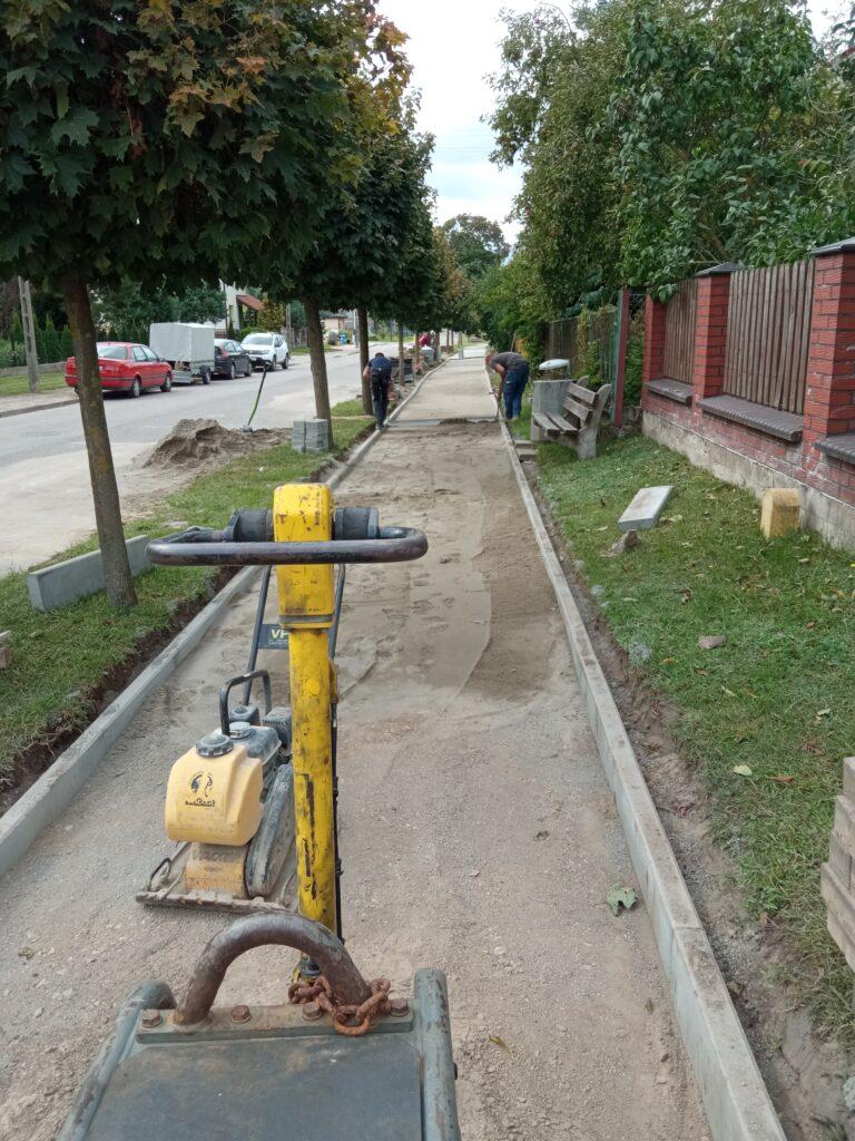 Remont chodnika na ul. Żeromskiego w Gołdapi.